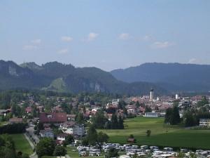 1200px-Reutte_Tirol